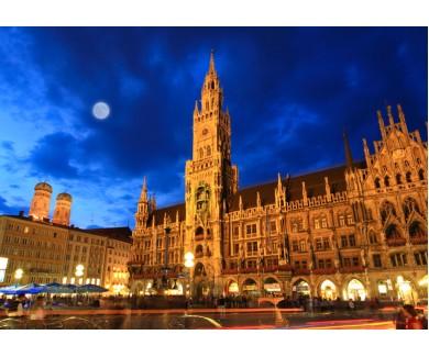 Фотообои Ночная сцена из ратуши на Мариенплац в Мюнхене