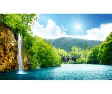 Фотообои Водопад в глубине леса в Хорватии