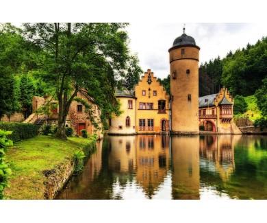 Фотообои Замок у озера