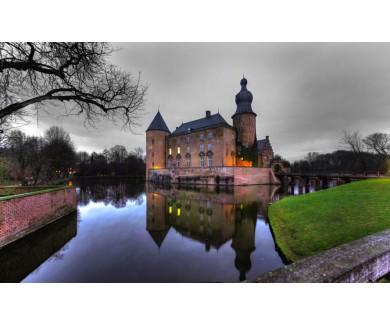 Фотообои Замок у воды
