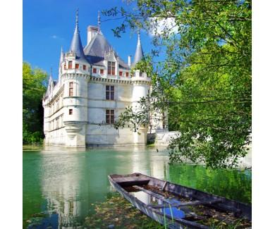 Фотообои Живописный вид на замок