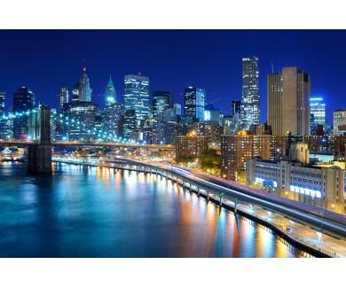 Фотообои Вид на финансовый район Манхэттена ночью в Нью-Йорке