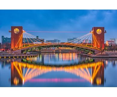 Фотообои Мост в городе Тояма, Япония