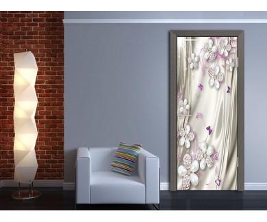 Наклейка на дверь Бело сиреневые цветы в виде украшений
