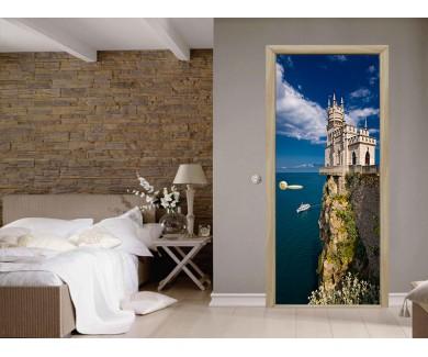 Наклейка на дверь Известный замок  Ласточкино Гнездо, в районе Ялты