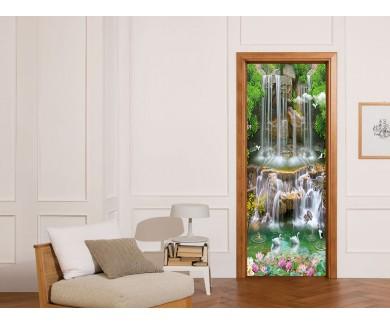 Наклейка на дверь Изумрудный водопад