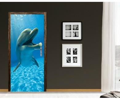 Наклейка на дверь Весёлый дельфин