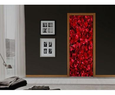 Наклейка на дверь Лепестки роз