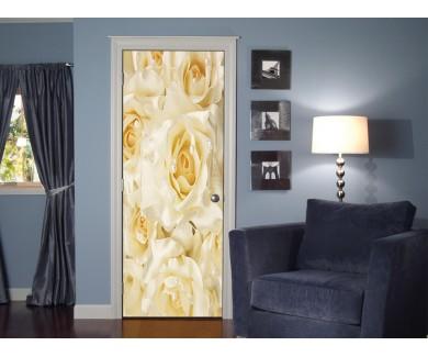 Наклейка на дверь Белые шелковые розы с кремовым жемчугом