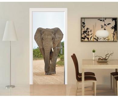 Наклейка на дверь Слон