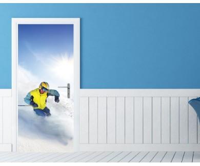 Наклейка на дверь Лыжник