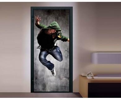 Наклейка на дверь Танцор