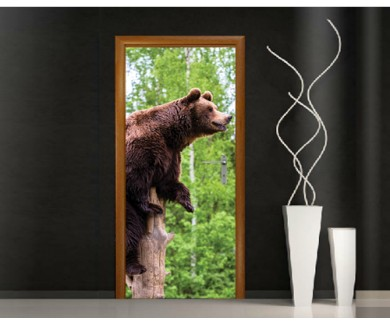 Наклейка на дверь Бурый медведь