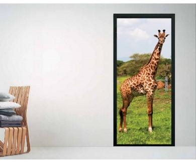 Наклейка на дверь Жираф на Серенгети, Танзания Восточная Африка