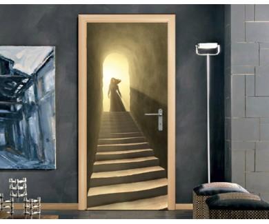 Наклейка на дверь Женская фигура стоящая на выходе