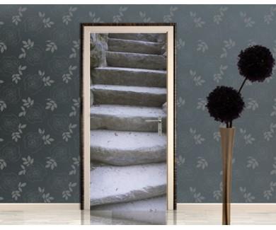Наклейка на дверь Старая каменная лестница