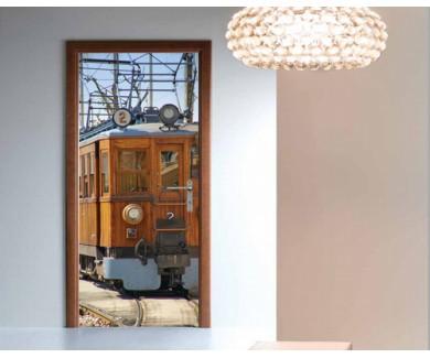 Наклейка на дверь Винтажный поезд на Майорке