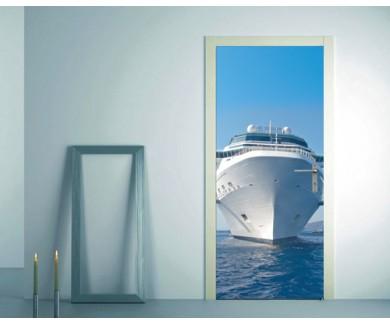 Наклейка на дверь Круизный лайнер