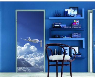 Наклейка на дверь Частный самолёт в голубом небе