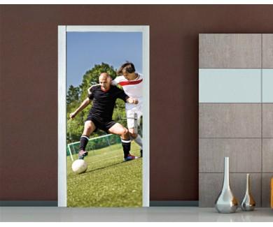 Наклейка на дверь Футбольное единоборство