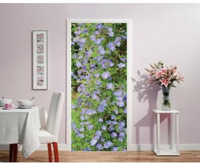 Наклейка на дверь Красивый ковёр из тёмно-синих цветов