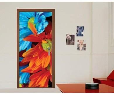 Наклейка на дверь Красочные цветы на чёрном фоне