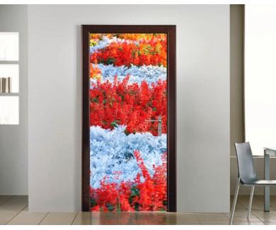 Наклейка на дверь Поле разноцветных цветов в парке