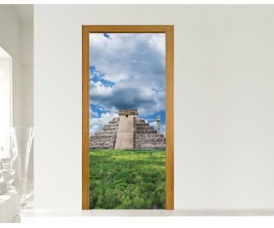 Наклейка на дверь Пирамида Майя