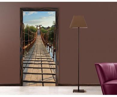 Наклейка на дверь Старинный деревянный подвесной мост