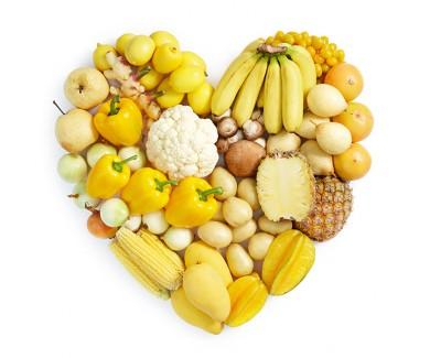 Наклейка на холодильник Желтое сердце