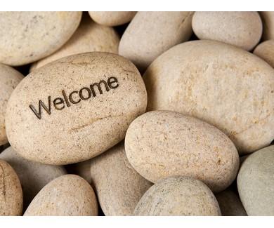 Наклейка на пол Камень Добро пожаловать